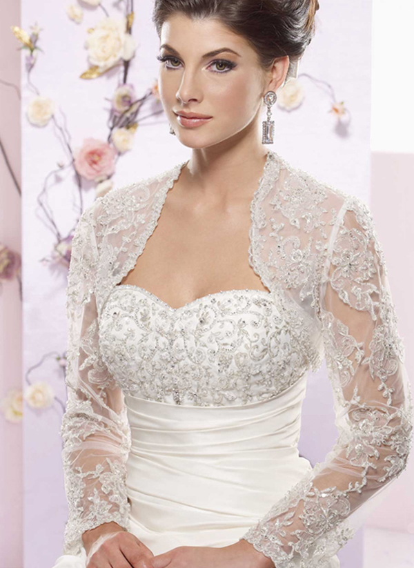 The Big Cover Up Winter Bridal Capes Getting Married In Northern