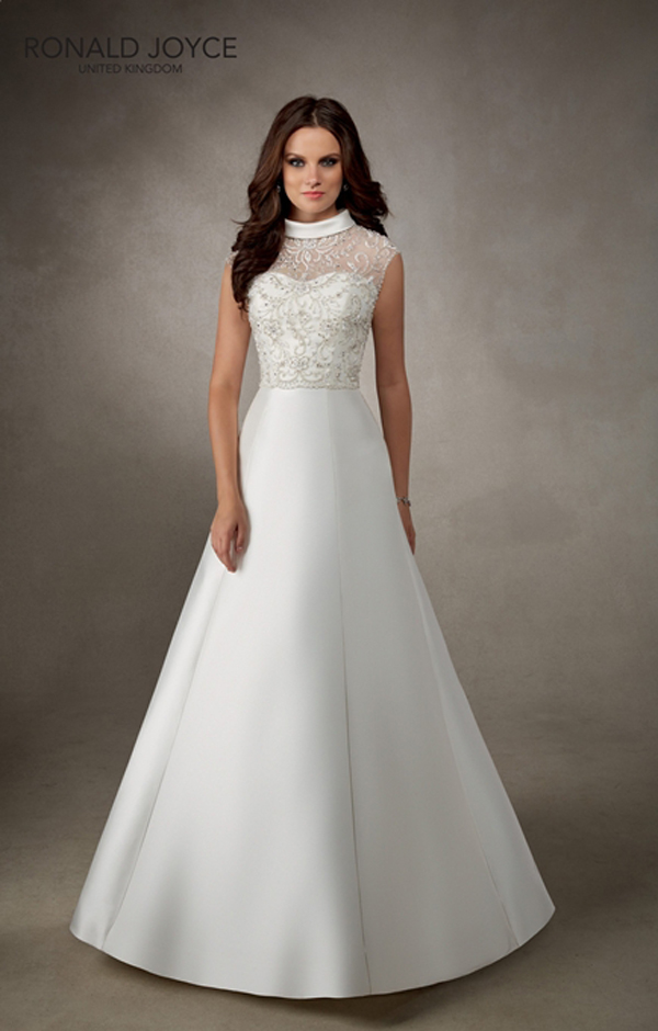 a. The Abigail in Style 69104, by Ronald Joyce