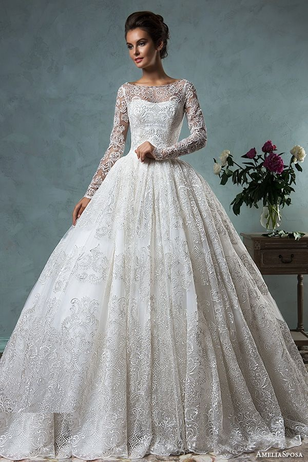 b. The Diana, from the Amelia Sposa 2016 Collection